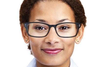 Eckige Gesichtsform mit Brille