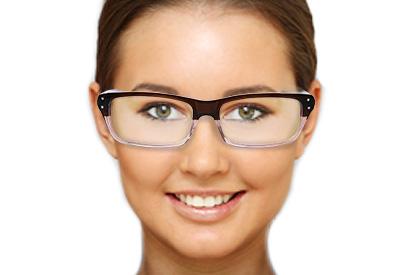 Runde Gesichtsform mit Brille